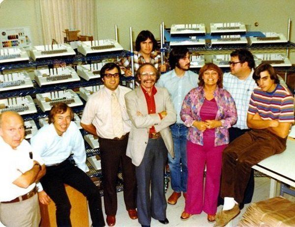 by-1978-apple-would-actually-have-a-real-office-with-employees-and-an-apple-ii-production-line-this-was-also-around-the-time-some-early-apple-employees-grew-tired-of-prolonged-exposure-to-the-famously-difficult-jobs