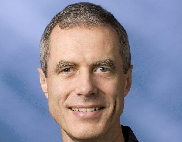 کریگ برت هدایت گوگل فایبر را بر عهده می گیرد که در واقع با هدف وارد کردن ارتباط پرسرعت فیبری به منازل برخی از شهرهای منتخب ایالات متحده آمریکا از جمله آستن، تگزاس و کانزاس سیتیفعالیت می کند.