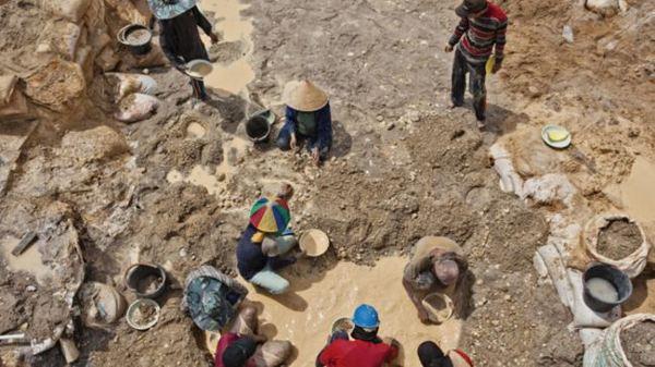 mining people-650-80