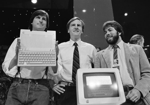 the-macintosh-had-strong-sales-but-not-enough-to-break-ibms-dominance-this-led-to-a-lot-of-friction-between-jobs--the-head-of-the-macintosh-group-who-liked-doing-things-his-own-way--and-sculley-who-wanted-stricter-oversight-