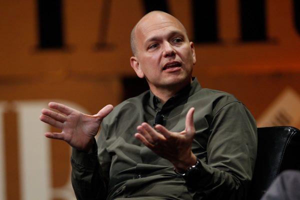 تونی فادل قرار است که مدیریت Nest را بر عهده بگیرد؛ شرکتی که در زمینه تولید لوازم خانگی هوشمند فعالیت دارد و گوگل آن را در سال 2014 میلادی خریداری کرد. گفتنی است که آقای فادل این کمپانی را در دهه 2000 میلادی و پس از جدا شدنش از اپل تاسیس کرد. او در اپل سمت رهبری تیم طراح و سازنده آیپاد را در اختیار داشت.