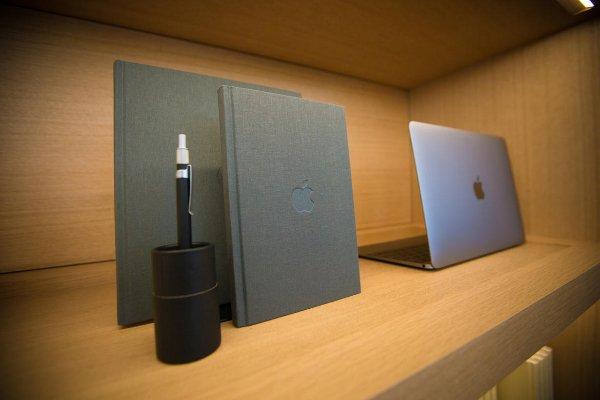 1-infinite-loop-apple-store-4089-w600