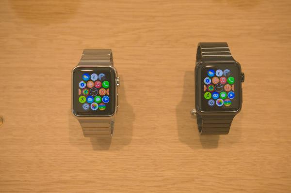 1-infinite-loop-apple-store-4153-w600