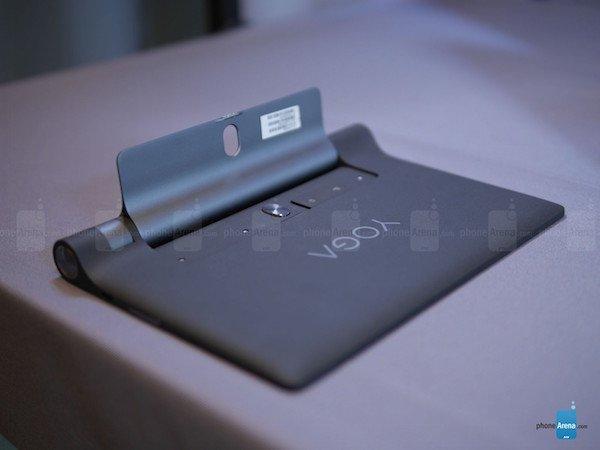 Lenovo-YOGA-Tab-3-8-inch-hands-on (11)