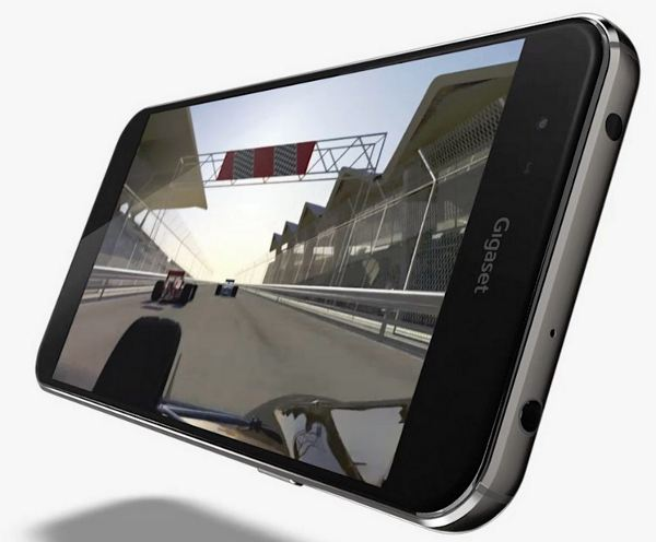 New-line-of-Gigaset-ME-smartphones-are-unveiled-in-Berlin (3)