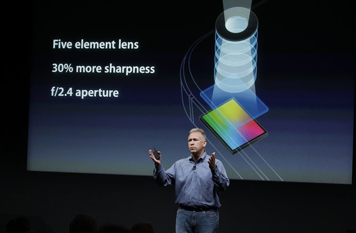 Phil-Schiller-talks-about-012
