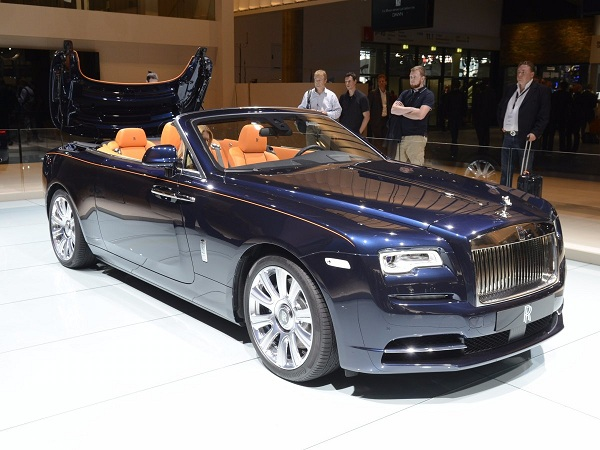 bmw-groups-rolls-royce-presented-its-new-dawn-convertible-to-the-frankfurt-crowd