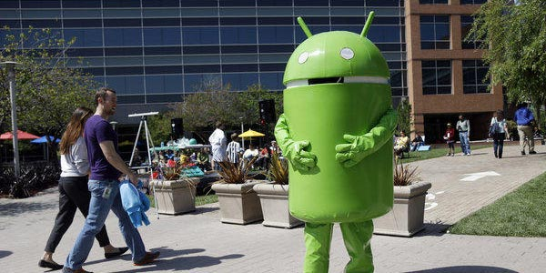 Android-mascot-street