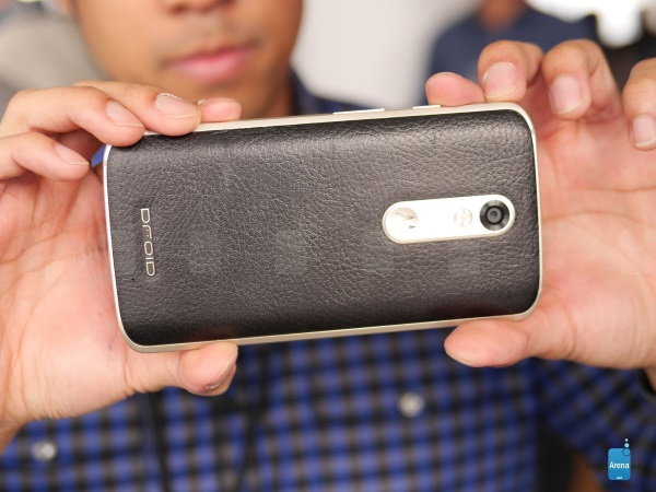 Motorola-DROID-Turbo-2-4