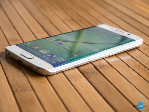 Samsung-Galaxy-S6-Edge-Review-130