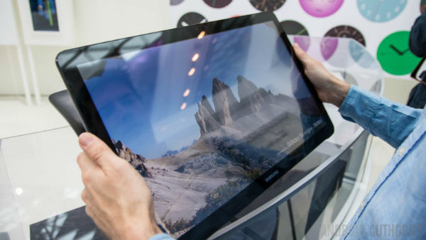 Samsung-Galaxy-View-Hands-On-AA-19-of-36-792x446-w600