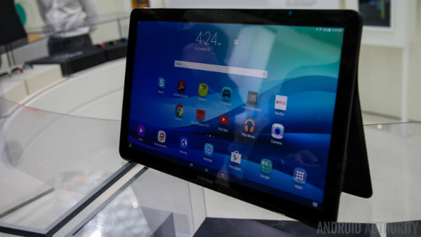 Samsung-Galaxy-View-Hands-On-AA-21-of-36-792x446-w600