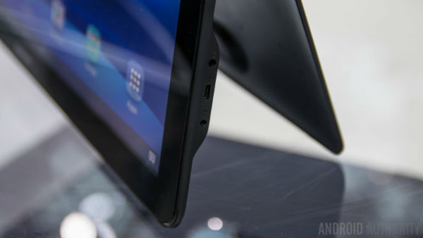 Samsung-Galaxy-View-Hands-On-AA-23-of-36-792x446-w600