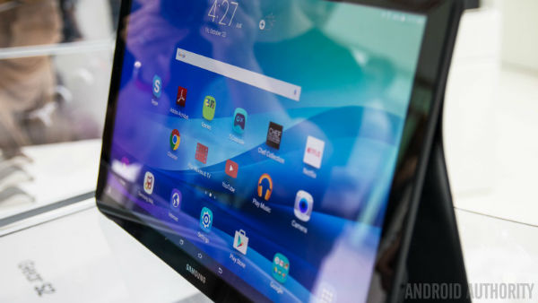 Samsung-Galaxy-View-Hands-On-AA-26-of-36-792x446-w600