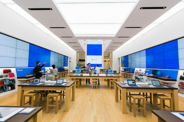The-new-Microsoft-Store-is-the-first-with-two-stories-of-retail-space-w600