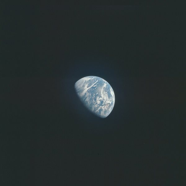 apollo-15-a-crystal-clear-view-of-earth-floating-in-space-apollo-astronauts-are-the-only-humans-in-history-to-have-traveled-deep-enough-into-space-to-see-this-first-hand