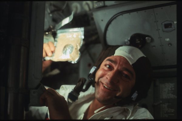 apollo-17-astronauts-have-to-eat-too