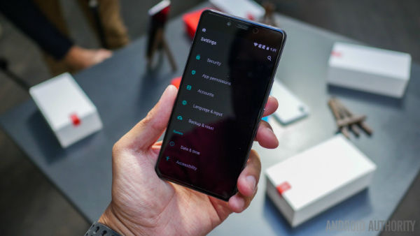 oneplus-x-first-look-aa-11-of-47-792x446-w600