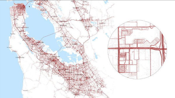 تسلا از داده هایی که از طریق خودروهایش به دست می آورد، در حال تهیه نقشه های با جزییات بسیار بالا برای ناوگان خودرانش است.اکنون برخی تحلیلگران حتی گمانه زنی می کنند که تسلا بعدا این نقشه ها را به فروش هم خواهد رساند.