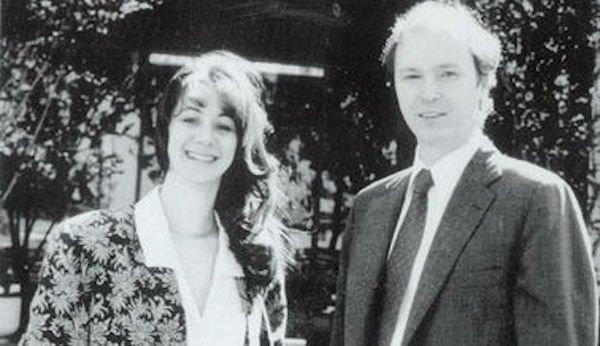 در دهه 1980، و با فراگیر شدن آرام اما پیوسته کامپیوترها، رشد سیلیکون ولی نیز ادامه پیدا کرد. در سال 1984 میلادی، لئونارد بوساک از فارغ التحصیلان سابق استنفورد و همسرش سندی لرنر شرکت Cisco Systems را راه اندازی کردند که در زمینه ساخت و فروش نسخه های کپی از نرم افزار شبکه استنفورد فعالیت می کرد.
