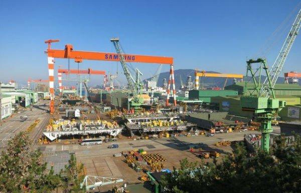 Samsung-Shipyard-cranes-w600