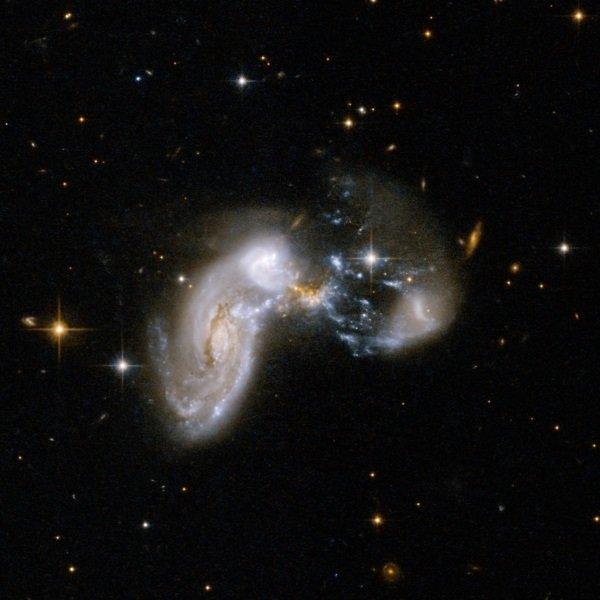 Starburst_Galaxy_Zw_II_96-1200x1200