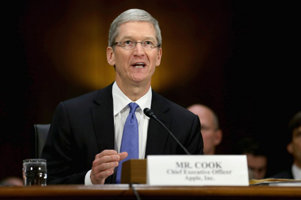 tim_cook_suit-800x533-w600