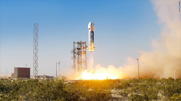 150430133224-blue-origin-rocket-780x439-w700