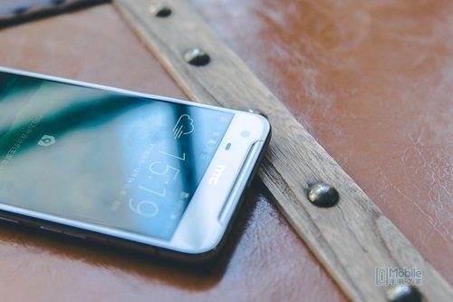 HTC-One-X9-1-1