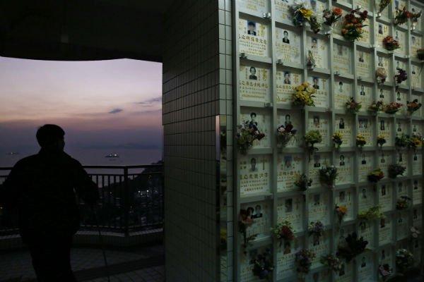 hong_kong_burial04-w600