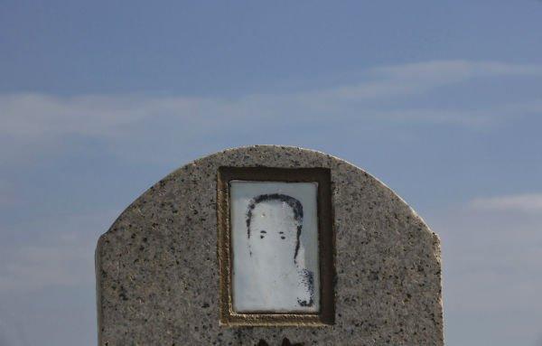hong_kong_burial07-w600