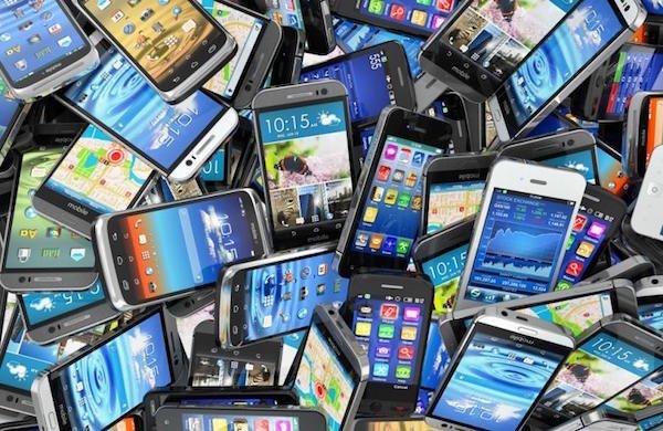 عرضه جهانی اسمارت فون ها در سال ۲۰۱۵