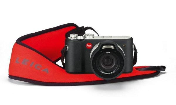 Leica_X-U_Outdoor_wrist_strap.0-w600