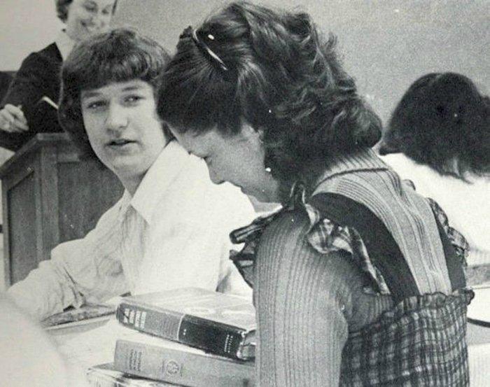 «تیموتی دونالد کوک» در یکم نوامبر ۱۹۶۰ در شهرموبیل از ایالت آلاباما به دنیا آمد اما در نزدیکی شهر «رابرتزدیل» بزرگ شد و به مدرسه رفت.