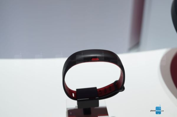 Under-Armour-HealthBox-and-new-connected-gear