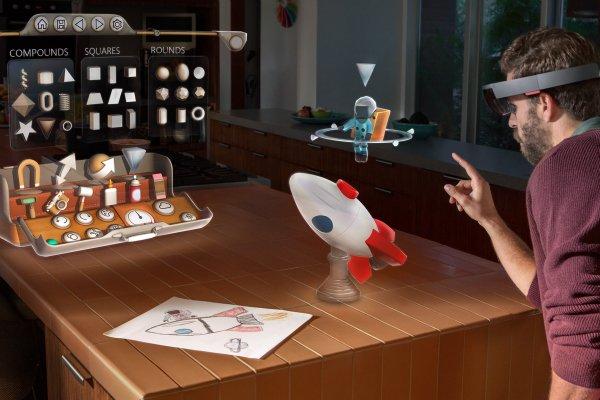 رونمایی از هولولنز مایکروسافت، همان عینک هولوگرافیک آینده نگرانه این شرکت