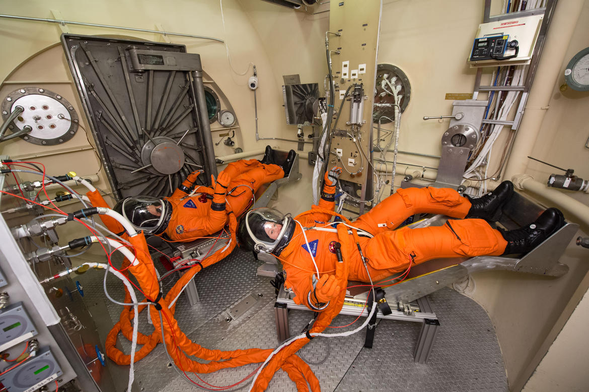 PHOTO DATE: 03-17-15 LOCATION: Bldg. 7, 11 Foot Chamber SUBJECT: STB-AV-209 Vacuum Pressure Integrated Suit Test (VPIST) Manned Altitude Runs TEST SUBJECT NAMES: Vos and Ney PHOTOGRAPHER: BILL STAFFORD