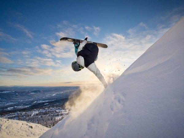 skiier-snowboarder-confidence