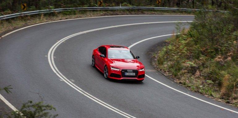 2015-Tesla-Model-S-P85D-v-2015-Audi-RS7-103