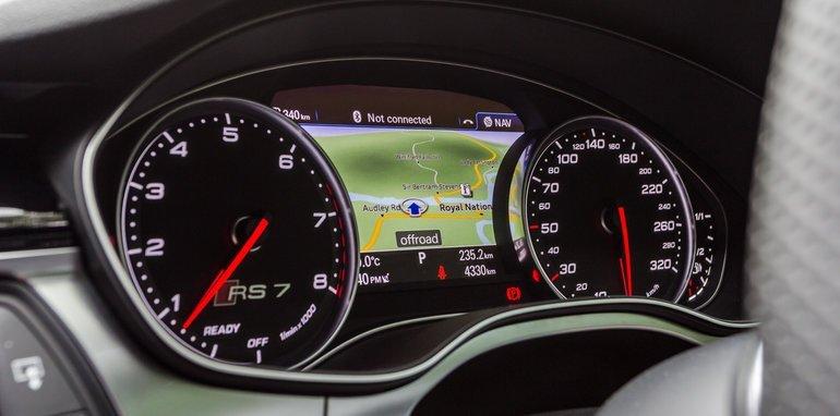 2015-Tesla-Model-S-P85D-v-2015-Audi-RS7-42