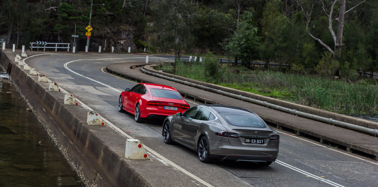 2015-Tesla-Model-S-P85D-v-2015-Audi-RS7-99