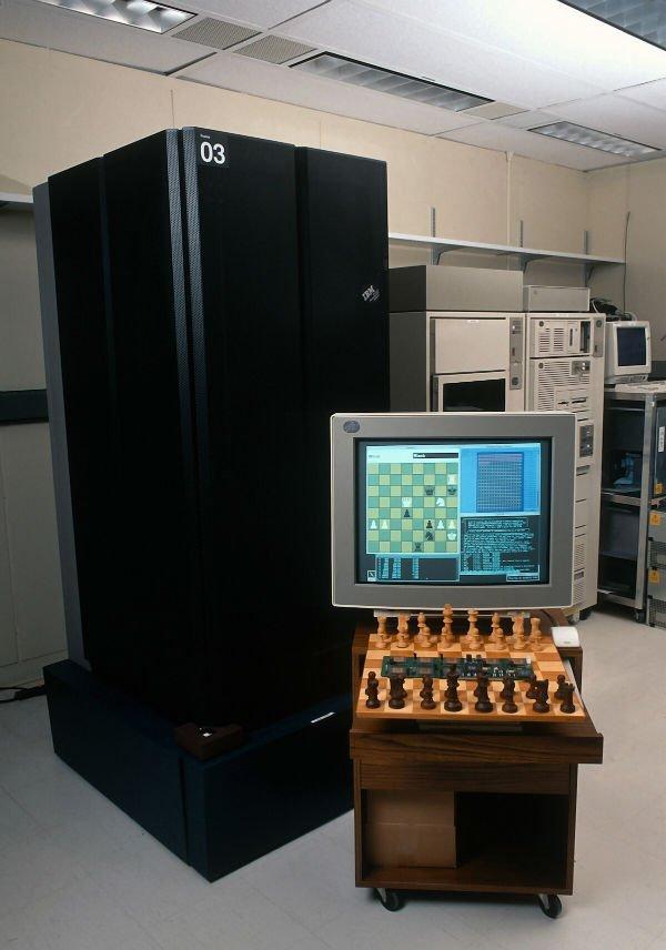 16 فوریه 1996 دیپ بلو در دفنر مرکزی IBM در آرمونک در نیویورک