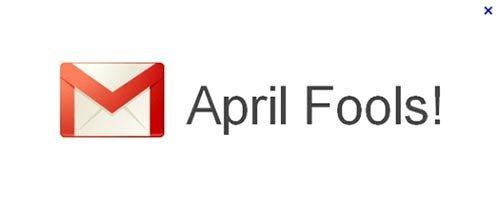 در اول آوریل که مصادف با «دروغ اول آوریل» سال ۲۰۰۴ می شد، وی در ساختمان گوگل پلکس مصاحبه شد، دقیقا همان روزی که گوگل، از جیمیل به عنوان سرویس ایمیل رایگان خود پرده برداشت و همه تصور می کردند این شرکت، آنها را دست انداخته. وی بلافاصله مسئول توسعه تولبار جستجوی گوگل شد.