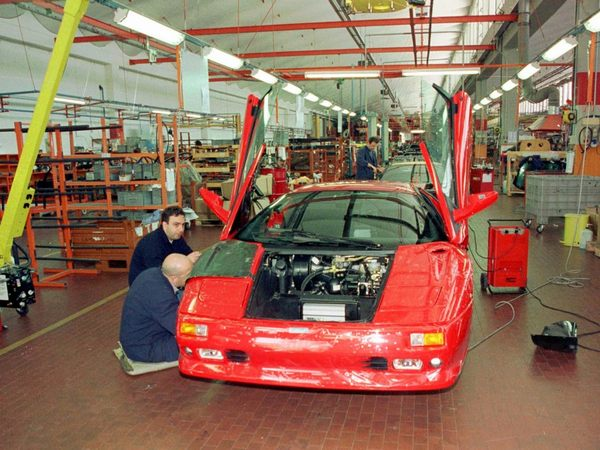 although-lamborghini-experienced-a-brief-period-of-financial-resurgence-under-chrysler-ownership-it-didnt-last-in-1993-chrysler-sold-the-company-to-a-group-of-indonesian-inv