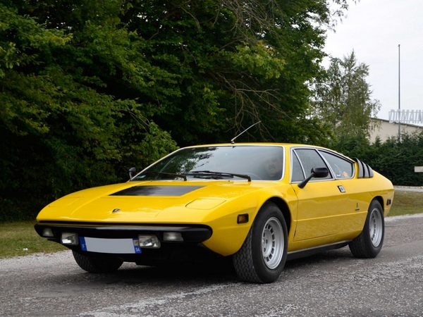 -and-the-four-seat-mid-engined-urraco