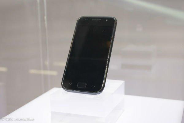 نخستین عضو خانواده گلکسی - 2010: سامسونگ پس از فروش 10 میلیون دستگاه در سراسر جهان، موبایل گلکسی اس خود را یک موفقیت بزرگ اعلام نمود.