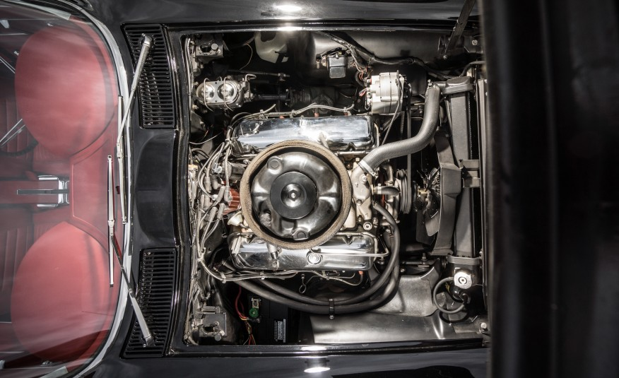 1967-Chevrolet-Corvette-Stingray-427-122-876x535