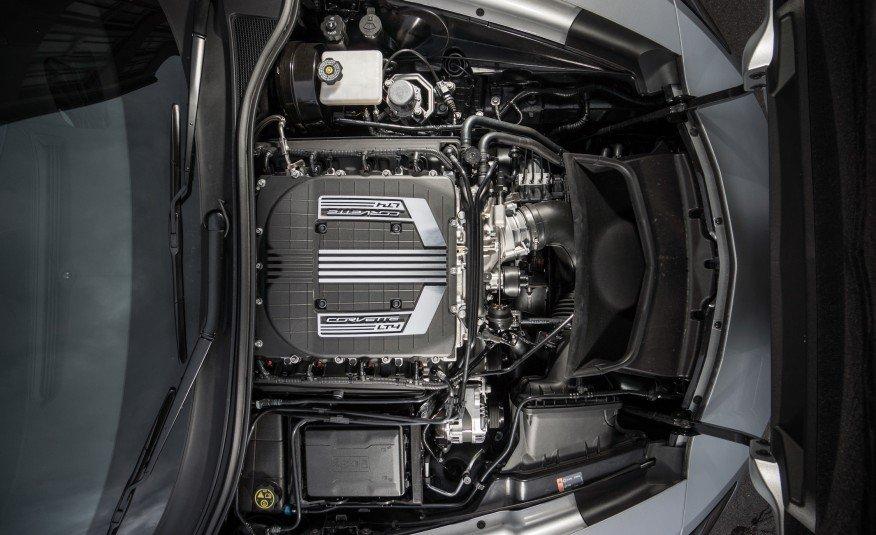 2015-Chevrolet-Corvette-Z06-convertible-122-876x535