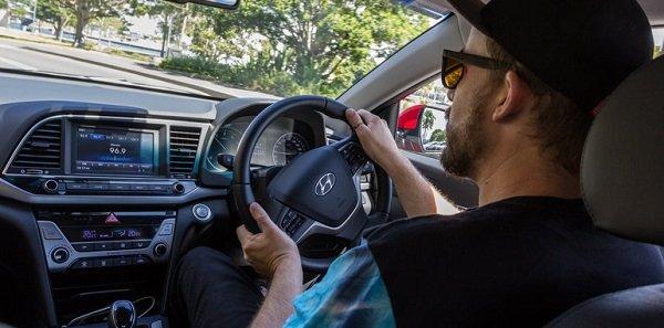2016-Mazda-3-Touring-Sedan-v-2016-Hyundai-Elantra-Elite-125