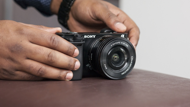 Sony-Alpha-6000-featured